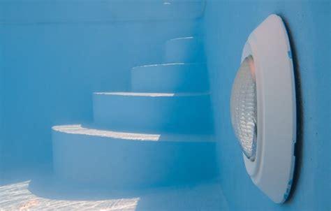illuminazione piscina illuminazione piscina come scegliere la pi 249 adatta