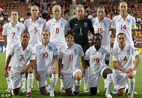 kelly's heroes: meet the english women one game from glory
