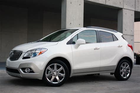 2013 buick encore pictures 2013 buick encore drive photo gallery autoblog