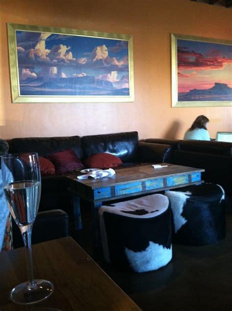 the living room wine cafe lounge gesloten amerikaans
