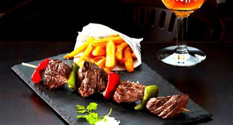 A Free Meal At The Restaurant Au Bureau Vaulx En Velin Au Bureau Carré De Soie