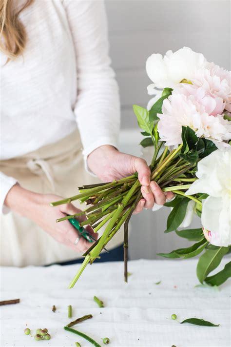 Wedding Bouquet Tutorial by Diy Peony Wedding Bouquet Tutorial