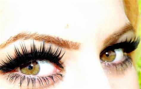 imagenes de ojos verdes claros el color de ojos puede decir mucho sobre la personalidad