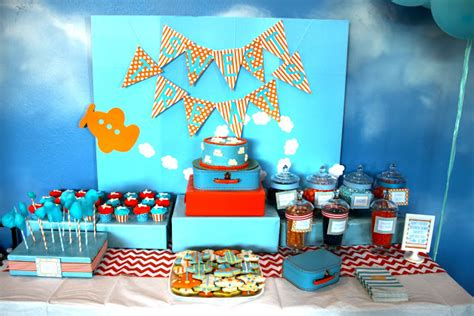 Pineapple Table Decorations Come Fly With Me An Airplane Party B Lovely Events