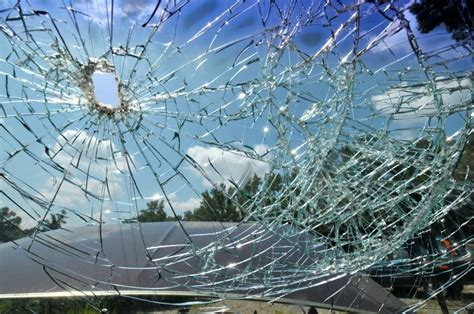 how to repair glass cracks cracked or broken windshield cornerstone auto glass