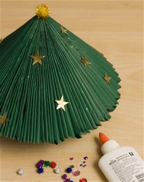make a magazine christmas tree activity education com