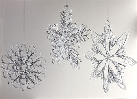 Snowflakes From Paper - craft how to make paper snowflakes