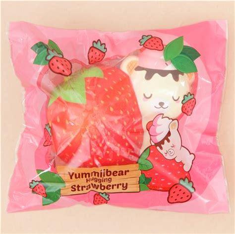 Squishy Strawberry By Yummiibear squishy perfumado osito yummiibear abrazando fresa roja de