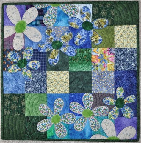 Baby Applique Quilts baby quilt with applique of flowers quilt til you wilt b pintere