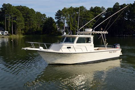 sport fishing boats with cabin 2003 used parker 2520 xl sport cabin saltwater fishing
