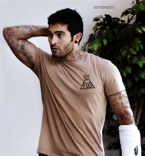 tyler hoechlin tattoo posey