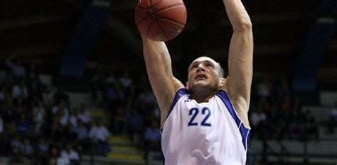 banco desio cantu dinamo sassari bulks up with cusin welcome to