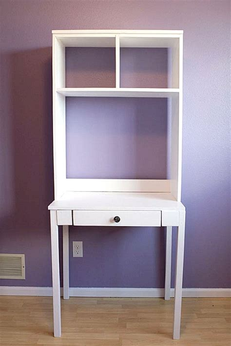 Diy Small Desk Diy Hutch Desk Decoist