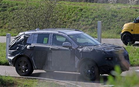 jeep liberty 2018 2018 jeep liberty spied for the suvs trucks