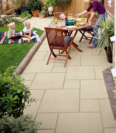 Cheap Garden Paving Ideas 17 Best Ideas About Garden Paving On Pinterest Sandstone Paving Paving Slabs And Granite Paving