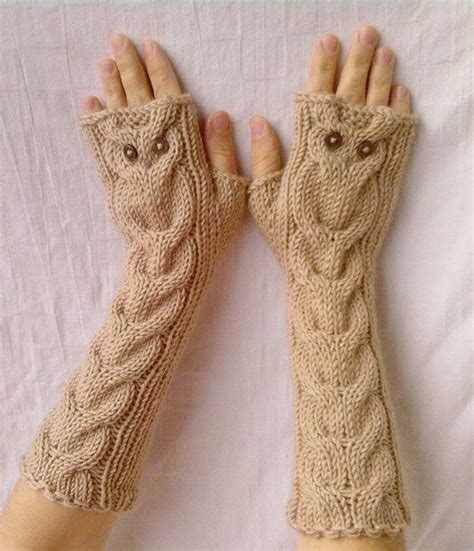 owl fingerless gloves knitting pattern owl oatmeal knit cable pattern fingerless gloves