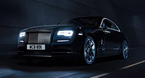 rolls royce wraith black badge oezellikleri ve fiyati