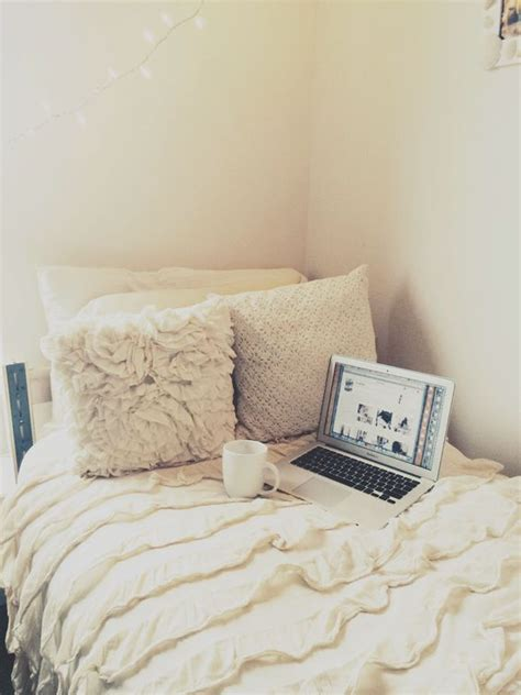 white dorm bedding follow me cute dorm rooms and ruffles on pinterest
