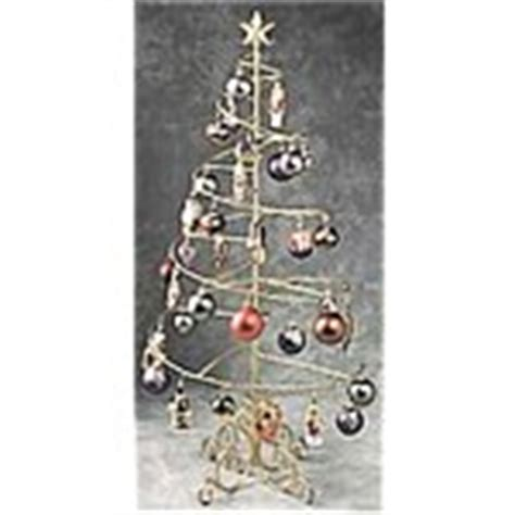 spiral wire ornament tree 6 feet tall 08 17 2004