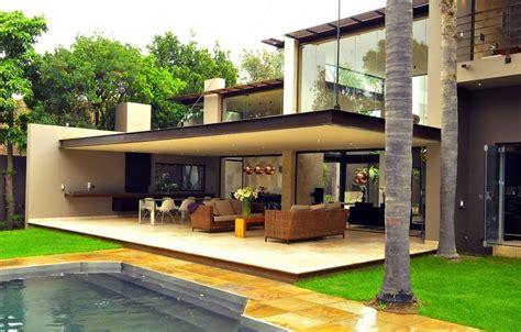 moderne überdachungen terrasse am 233 nagement terrasse en 105 id 233 es modernes et 233 l 233 gantes