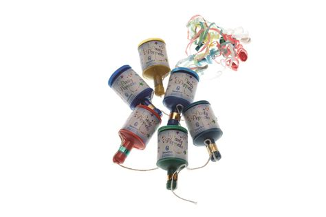 bulk buy party poppers wholesale christmas party poppers