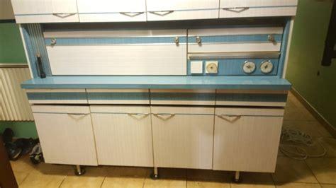 meuble cuisine formica meuble de cuisine formica bleu et blanc vintage les