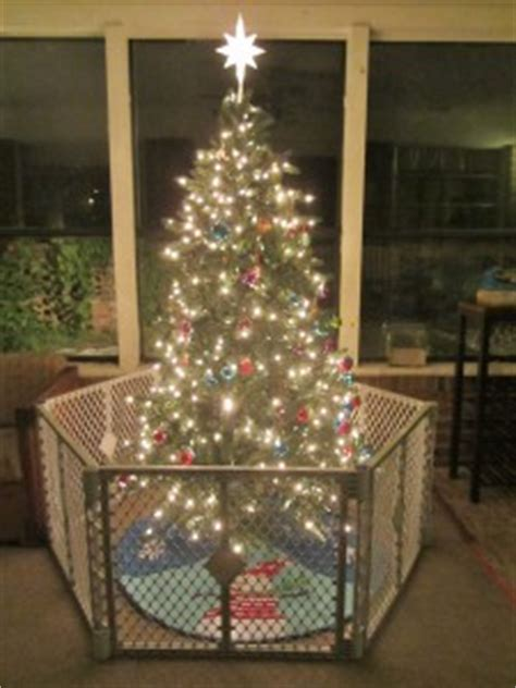 christmas tree fence for dogs show me your tree hop linky carrie with children