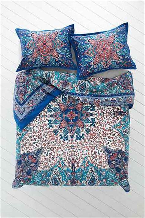 bedding urban outfitters plum bow dandeli medallion duvet cover