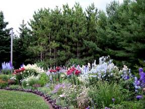 Planting A Perennial Flower Garden This Is A Large Perennial Border That Is Always Changing I Already Changed It This