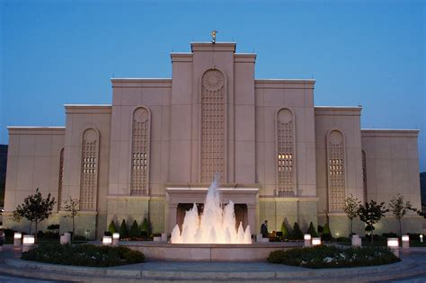Lovely Church Of Christ In Texas #9: 1920px-Albuquerque_New_Mexico_Temple_by_a4gpa.jpeg