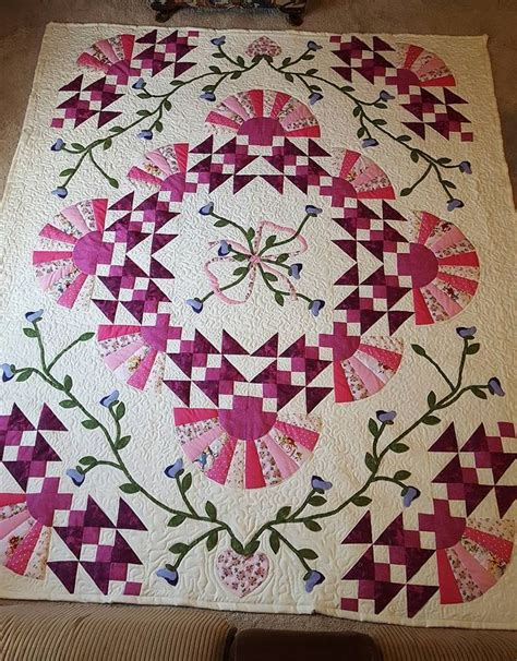 quilt pattern encyclopedia 17 best images about medallion quilts on pinterest