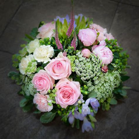 cottage garden flower shop pink posy the cottage garden flower shop