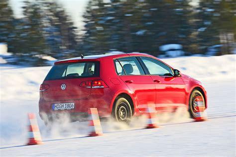 Auto Bild 6 2 15 by Winterreifen Test 2013 Reifen Im Format 195 65 R 15