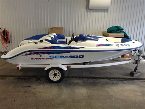 ski boat average weight sea doo sportster 1997 for sale for 1 995 boats from