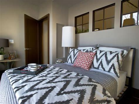 hgtv green home 2012 guest bedroom pictures hgtv green photo page hgtv