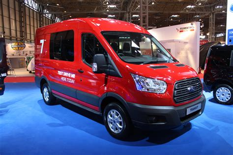 ford transit 7 seater commercial vehicle dealer