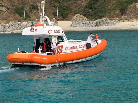 capitaneria di porto vibo marina guardia costiera ritrova sub disperso a zambrone il