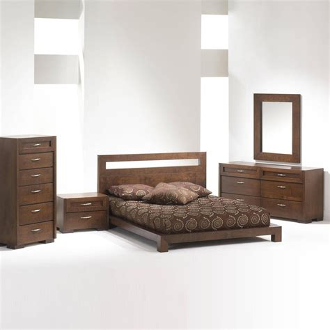 Bed And Bedroom Furniture Sets Madrid Platform Bed Bedroom Set Brown Bedroom Sets
