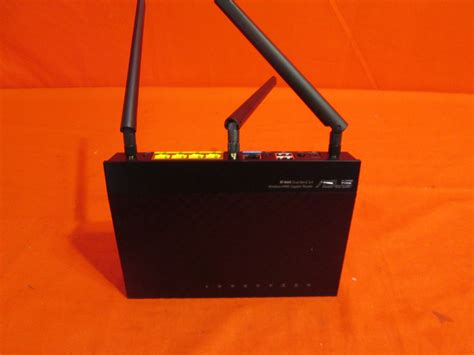 Router Asus N900 asus rt n66u dual band wireless n900 gigabit router