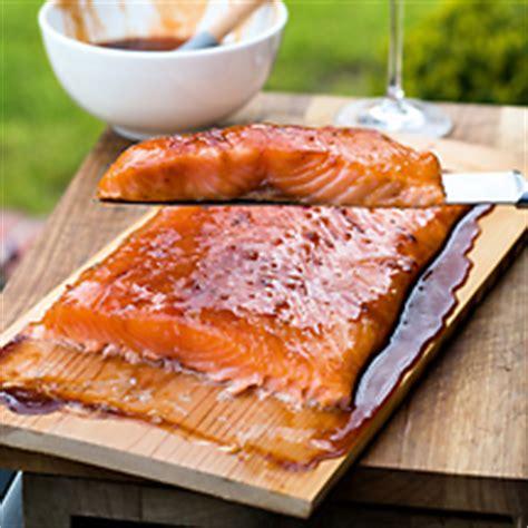 Lachs Auf Zedernholz Grillen Rezept 6861 by Rezepte Bei Food Brothers