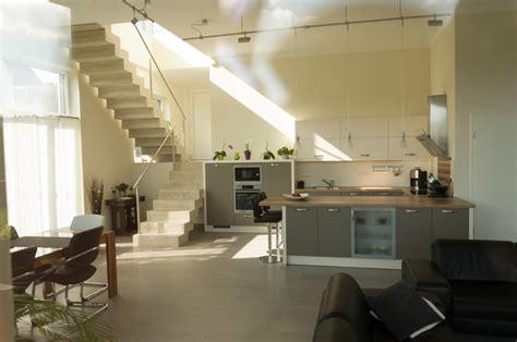 beleuchtung einfamilienhaus neubau einfamilienhaus neubau mit doppelgarage in hanglage im