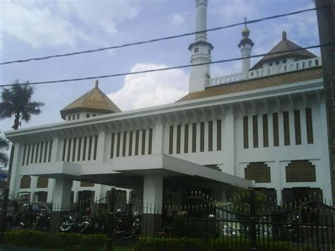 Karpet Masjid Di Tasikmalaya masjid agung kota tasikmalaya tasikmalaya