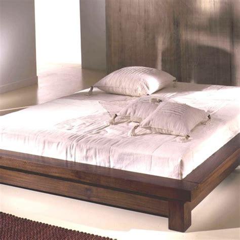 letti in legno massiccio letti in legno massiccio