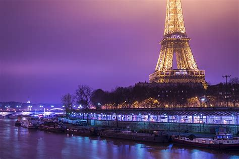 boat tour paris night photos paris eiffel tower france night coast boats cities