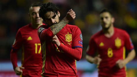 barcelona transfer 2017 real madrid midfielder isco rubbishes barcelona transfer