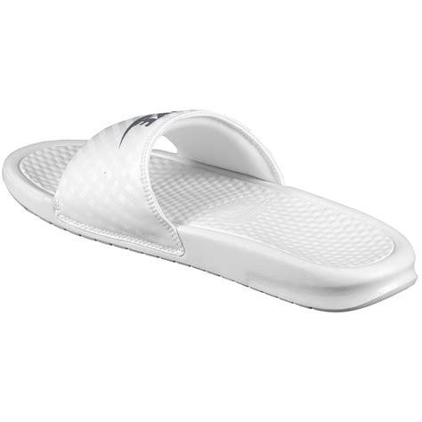 Kaos Premium Nike Just Do It White nike benassi just do it white white womens sandals