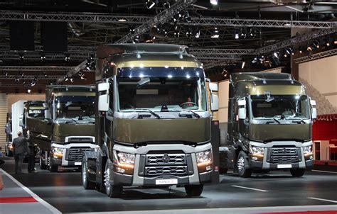 renault trucks tractor units  range  models commercial vehicle dealer