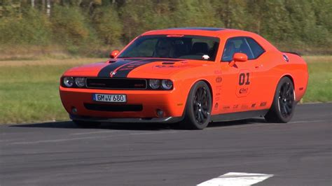 Dodge Challenger SRT8 Hemi V8 593HP   Lovely Sounds!   YouTube