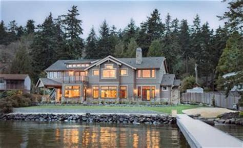 classic seattle lakefront house gets a bookish modern twist lake washington waterfront with traditional northwest feel