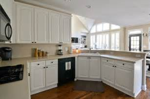 painted kitchen cabinets before and after to newlywedism